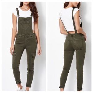 Kendall and Kylie pacsun overalls